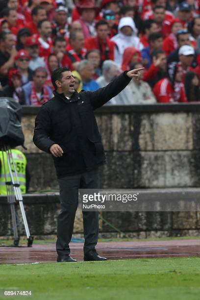 Benfica's head coach Rui Vitoria gestures during the Portugal Cup Final football match SL Benfica vs Vitoria Guimaraes SC at Jamor stadium in Oeiras...