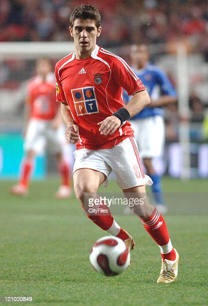 Benfica's Katsouranis in action during the Portuguese Bwin League match against Belenenses December 21 2006 in Lisbon Portugal