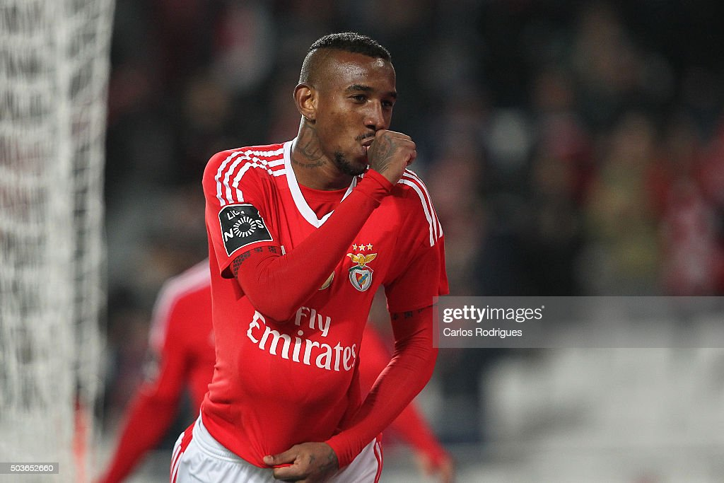 Benfica's midfielder Anderson Talisca celebrates Benfica«s sixth goal during the match between SL Benfica and CS Maritimo at Estadio da Luz on January 6, 2015 in Lisbon, Portugal.
