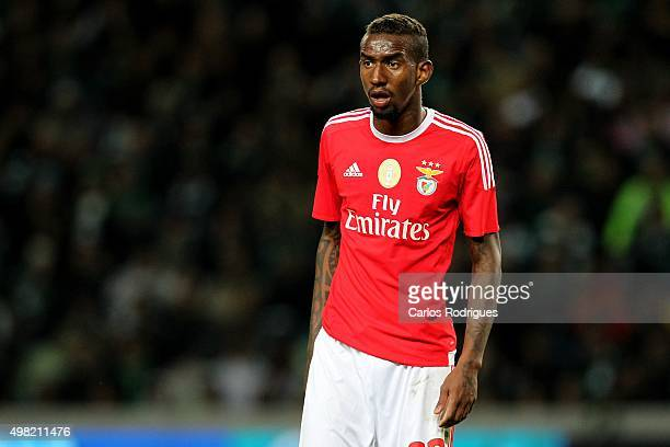 Benfica's midfielder Anderson Talisca during the match between Sporting CP and SL Benfica for the Portuguese Cup at Jose Alvalade Stadium on November...