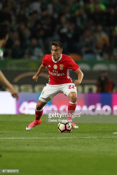 Benfica's midfielder Franco Cervi from Argentina during the Sporting CP v SL Benfica Portuguese Primeira Liga match at Estadio Jose Alvalade on April...
