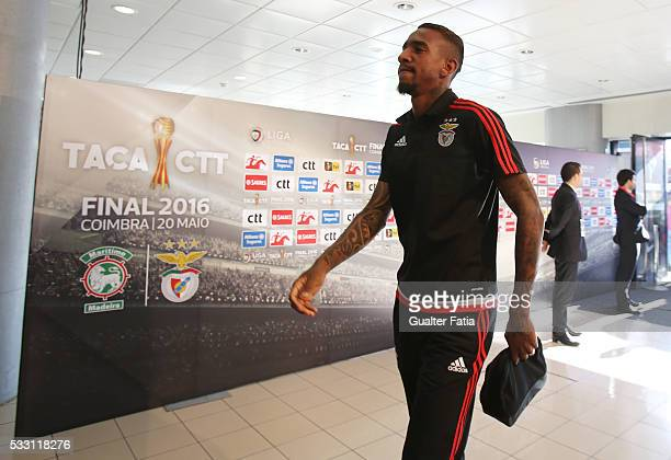 Benfica's midfielder from Brazil Anderson Talisca arrives at Estadio Efapel Cidade de Coimbra before the start of the Taca CTT Final match between SL...