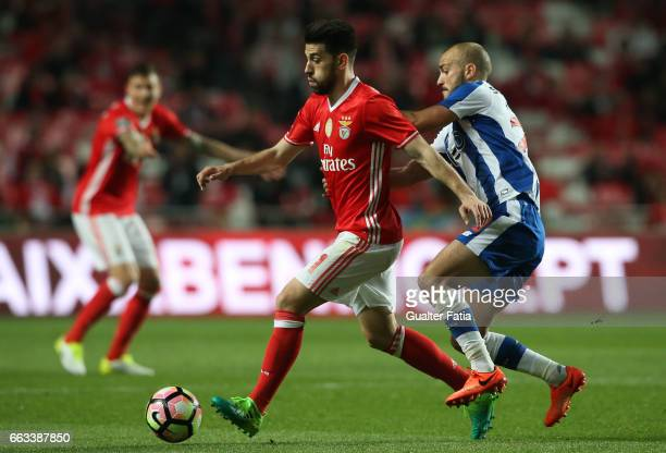 BenficaÕs midfielder from Portugal Pizzi with FC PortoÕs midfielder from Portugal Andre Andre in action during the Primeira Liga match between SL...