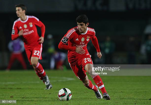 Benfica's midfielder Goncalo Guedes in action during the Primeira Liga match between Vitoria Setubal and SL Benfica at Estadio do Bonfim on December...
