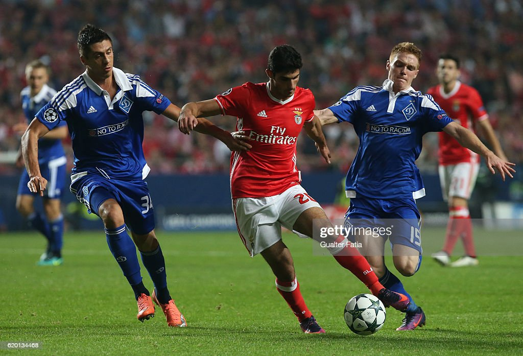 SL Benfica's midfielder Goncalo Guedes (C) with FC Dynamo Kyiv's defender Yevhen Khacheridi from Ukraine (R) and FC Dynamo Kyiv's forward Viktor Tsygankov from Ukraine (L) in action during the UEFA Champions League match between SL Benfica and FC Dynamo Kyiv at Estadio da Luz on November 1, 2016 in Lisbon, Portugal.