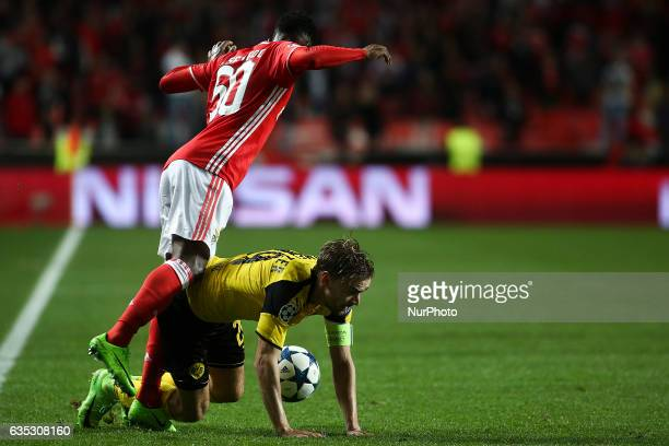 Benfica's midfielder Nelson Semedo vies with Dortmund's defender Sokratis Papastathopoulos during the Champions League football match between SL...