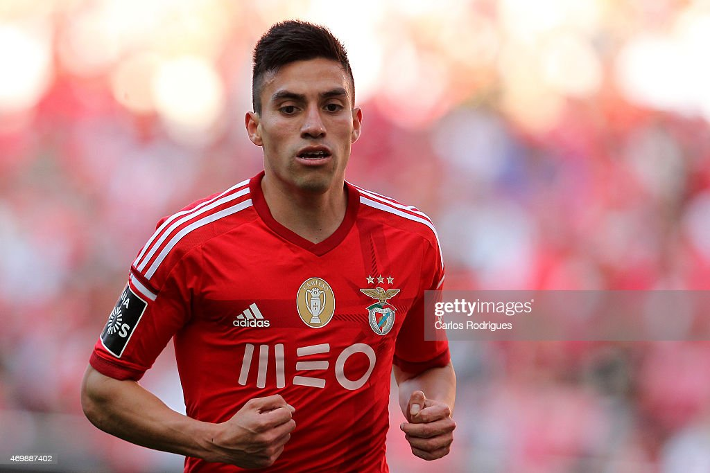 Benfica's midfielder <a gi-track='captionPersonalityLinkClicked' href=/galleries/search?phrase=Nicolas+Gaitan&family=editorial&specificpeople=5538639 ng-click='$event.stopPropagation()'>Nicolas Gaitan</a> during the Primeira Liga Portugal match between Benfica and Academica at Estadio da Luz on April 12, 2015 in Lisbon, Portugal.