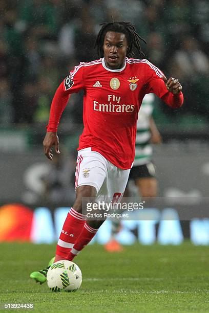 Benfica's midfielder Renato Sanches during the match between Sporting CP and SL Benfica for the Portuguese Primeira Liga at Jose Alvalade Stadium on...