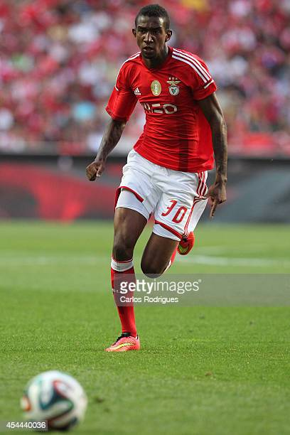 Benfica's midfielder Talisca during the Primeira Liga match between SL Benfica and Sporting CP at Estadio da Luz on August 31 2014 in Lisbon Portugal