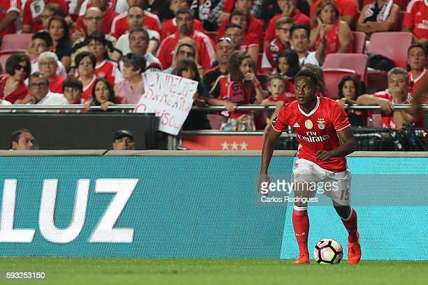 Benfica's Peruvian forward Andre Carrillo during the match between SL Benfica and Vitoria Setubal FC for the Portuguese Primeira Liga at Estadio da...
