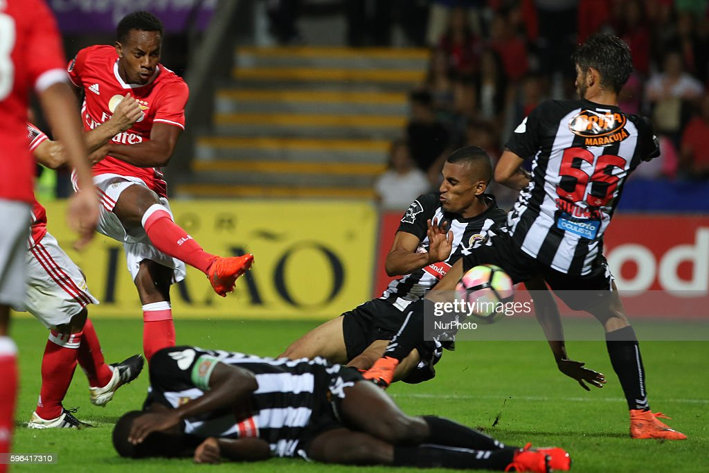 Benfica's Peruvian forward Andre Carrillo score a goal during Premier League 2016/17 match between CD Nacional and SL Benfica at Choupana Stadium in...