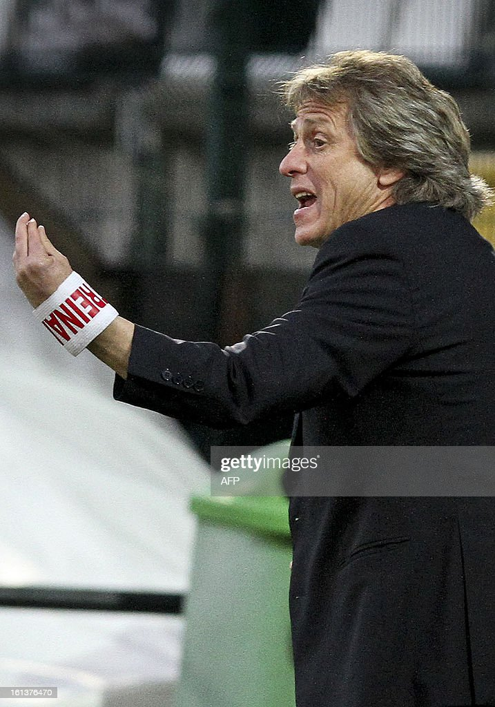 Benfica's Portuguese coach Jorge Jesus gestures during the Portuguese league football match Nacional vs Benfica at Madeira stadium in Funchal on February 10, 2013.