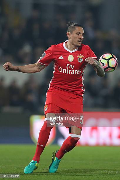 Benfica's Serbian midfielder Ljubomir Fejsa in action during the Premier League 2016/17 match between Vitoria SC and SL Benfica at Dao Afonso...