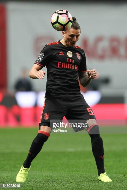 Benfica's Serbian midfielder Ljubomir Fejsa in action during the Premier League 2016/17 match between SC Braga and SL Benfica at Municipal de Braga...