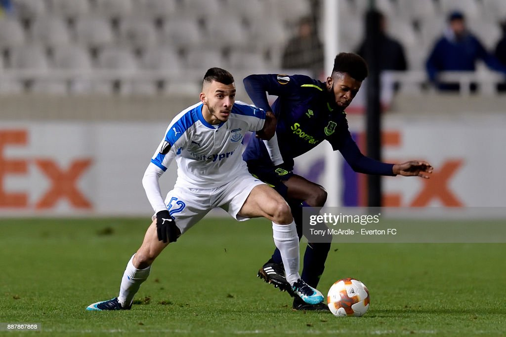 Beni Baningime of Everton (R) challenges for the ball during the UEFA Europa League Group E match between Apollon Limassol and Everton at GSP Stadium on December 7, 2017 in Nicosia, Cyprus.