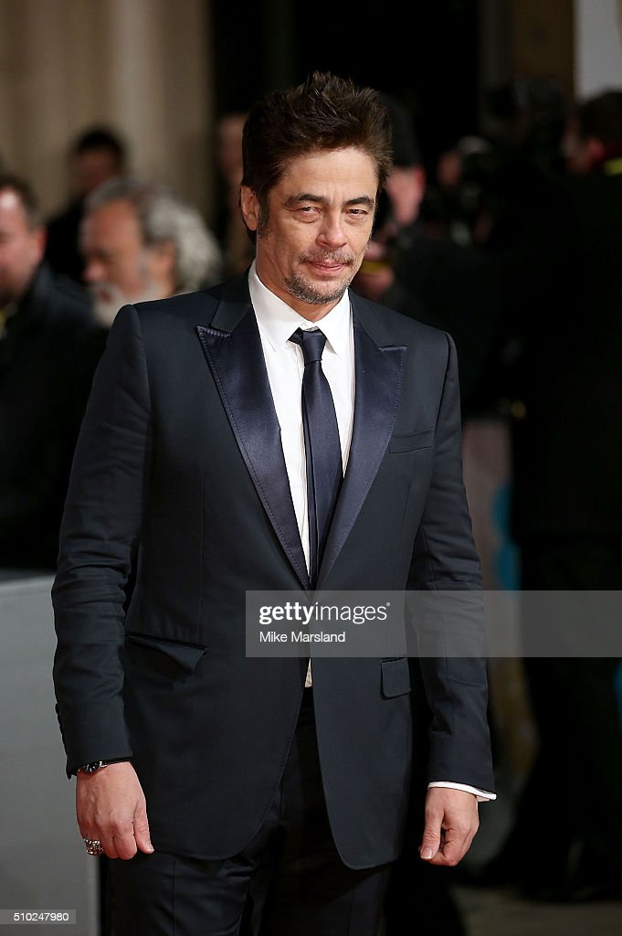<a gi-track='captionPersonalityLinkClicked' href=/galleries/search?phrase=Benicio+del+Toro&family=editorial&specificpeople=203277 ng-click='$event.stopPropagation()'>Benicio del Toro</a> attends the EE British Academy Film Awards at The Royal Opera House on February 14, 2016 in London, England.