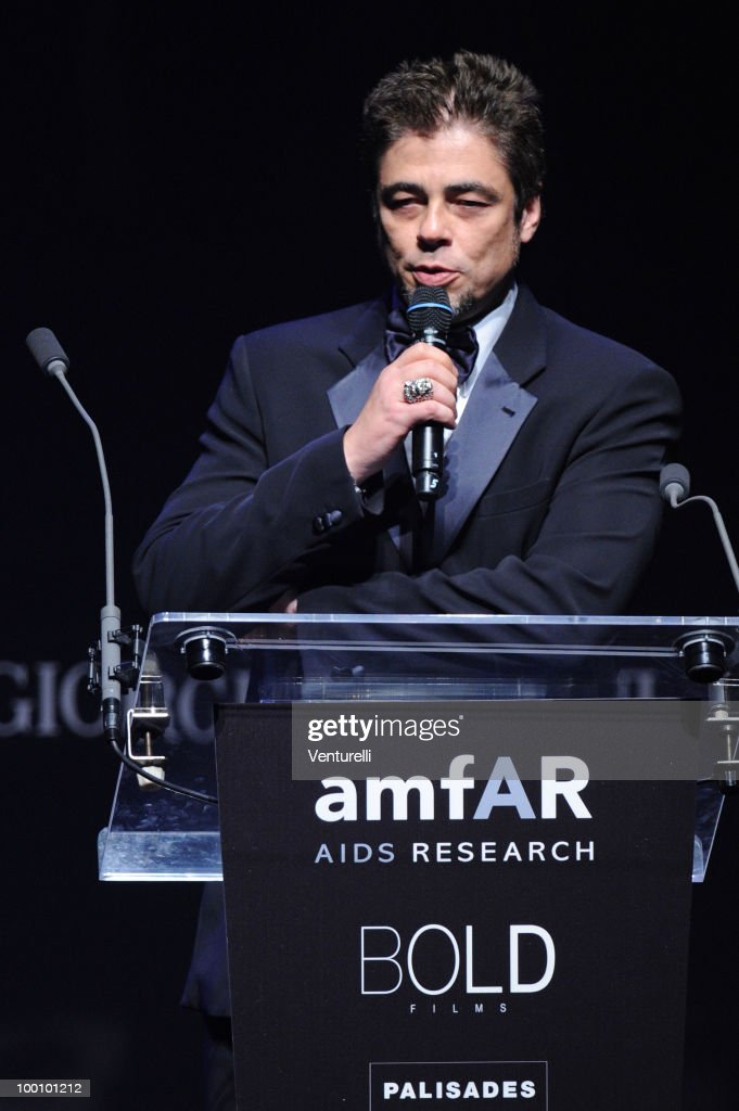 Benicio del Toro speaksduring amfAR's Cinema Against AIDS 2010 benefit gala at the Hotel du Cap on May 20, 2010 in Antibes, France.