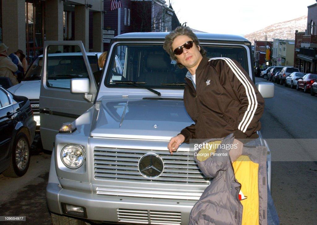 photo of Benicio Del Toro Mercedes-Benz G500 - car