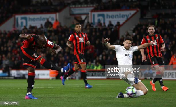 Benik Afobe of AFC Bournemouth scores his sides second goal during the Premier League match between AFC Bournemouth and Swansea City at Vitality...