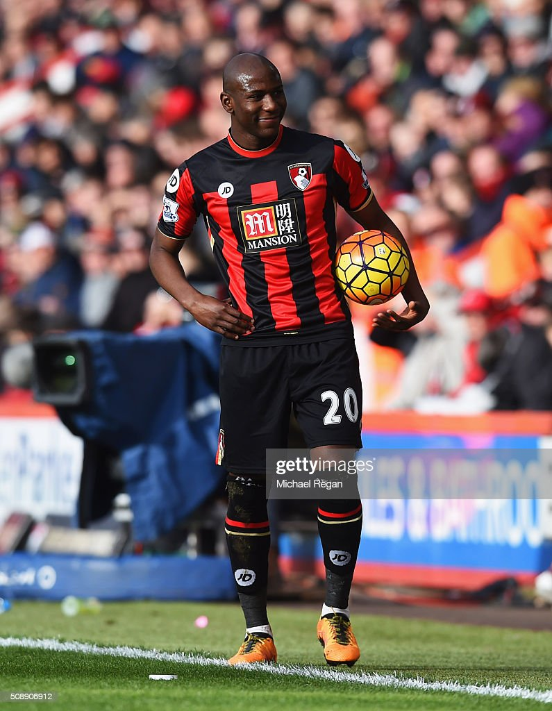 <a gi-track='captionPersonalityLinkClicked' href=/galleries/search?phrase=Benik+Afobe&family=editorial&specificpeople=6871620 ng-click='$event.stopPropagation()'>Benik Afobe</a> of Bournemouth smiles towards the Arsenal fans during the Barclays Premier League match between A.F.C. Bournemouth and Arsenal at the Vitality Stadium on February 7, 2016 in Bournemouth, England.