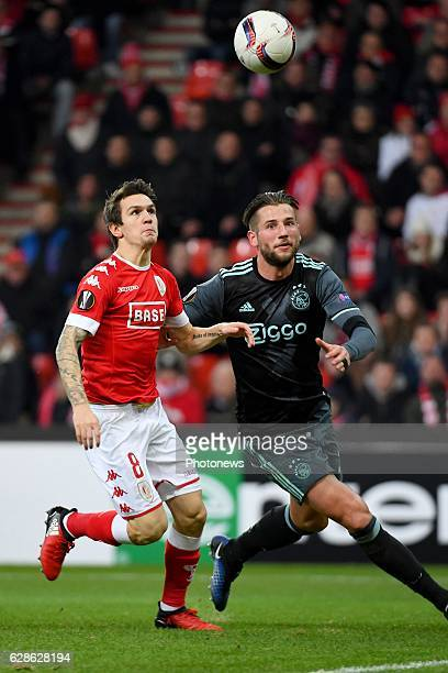 Benito Raman forward of Standard Liege Mitchell Dijks defender of Ajax during the Europa League group G game between Standard Liege and AFC Ajax...