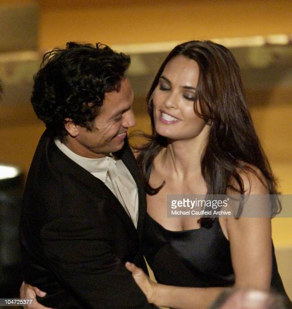 Benjamin Bratt and Talisa Soto stand together while Bratt accepts for Outstanding Motion Picture 'Pinero'