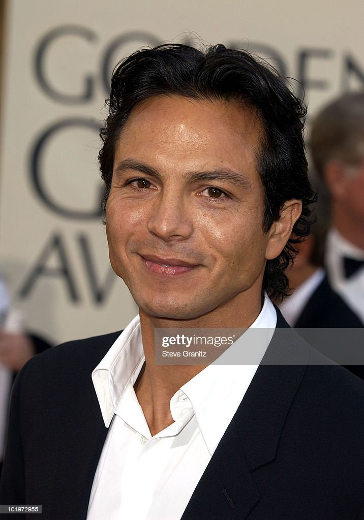 <a gi-track='captionPersonalityLinkClicked' href=/galleries/search?phrase=Benjamin+Bratt&family=editorial&specificpeople=203040 ng-click='$event.stopPropagation()'>Benjamin Bratt</a> arrives at the Golden Globe Awards at the Beverly Hilton January 20, 2002 in Beverly Hills, California.