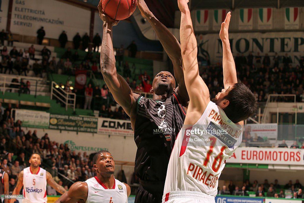 Benjamin Eze, #8 of Montepaschi Siena in action during the 2012-2013 Turkish Airlines Euroleague Top 16 Date 11 between Montepaschi Siena v Olympiacos Piraeus at Palaestra on March 14, 2013 in Siena, Italy.