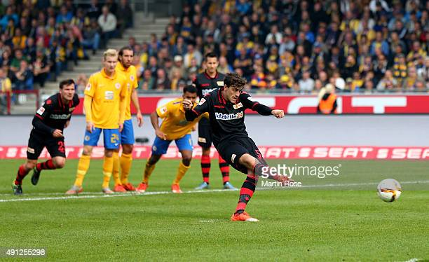 Benjamin Kessel of Union Berlin scores the equalizing goal by penalty kick during the Second Bundesliga match between Eintracht Braunschweig and 1 FC...