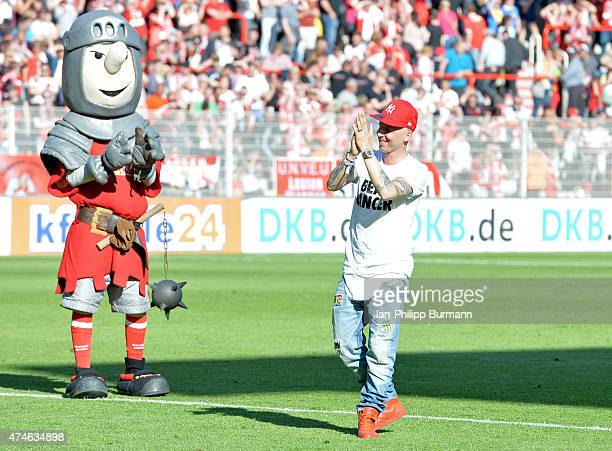 Benjamin Koehler of 1 FC Union Berlin celebrates the home victory with the fans during the game between Union Berlin and Eintracht Braunschweig on...