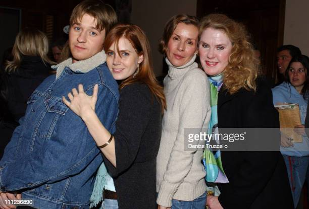 Benjamin McKenzie Amy Adams Embeth Davidtz and Celia Weston