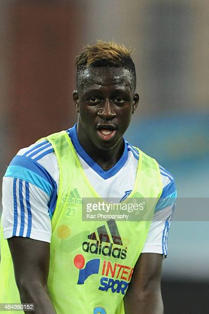 Benjamin Mendy of Marseille warms up prior to the French Ligue 1 match between Olympique de Marseille and OGC Nice at Stade Velodrome on August 29...