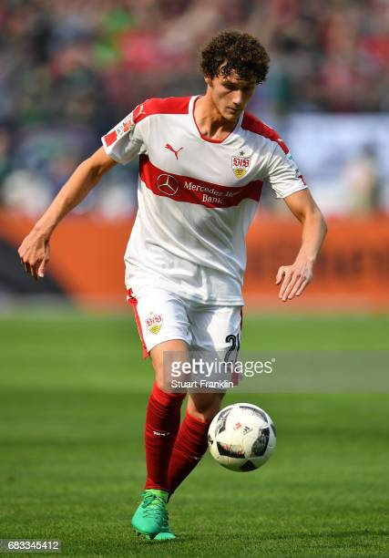 Benjamin Pavard of Stuttgart in action during the Second Bundesliga match between Hannover 96 and VfB Stuttgart at HDIArena on May 14 2017 in Hanover...