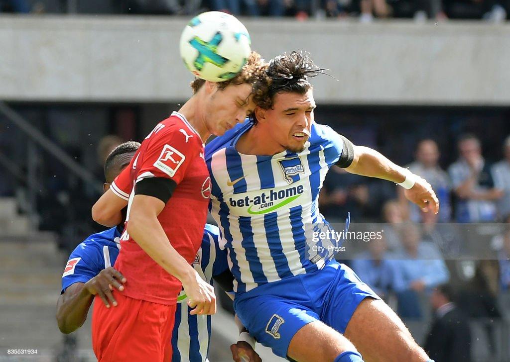 Benjamin Pavard of VfB Stuttgart and Karim Rekik of Hertha BSC during the game between Hertha BSC and dem VfB Stuttgart on August 19, 2017 in Berlin, Germany.