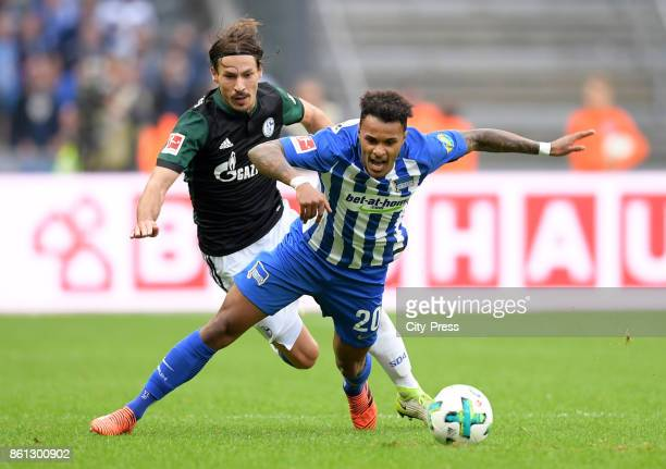 Benjamin Stambouli of FC Schalke 04 and Valentino Lazaro of Hertha BSC during the game between Hertha BSC and Schalke 04 on october 14 2017 in Berlin...