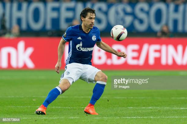 Benjamin Stambouli of Schalke controls the ball during the UEFA Europa League Round of 16 first leg match between FC Schalke 04 and Borussia...