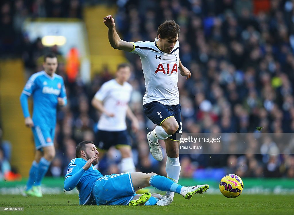 <a gi-track='captionPersonalityLinkClicked' href=/galleries/search?phrase=Benjamin+Stambouli&family=editorial&specificpeople=7133311 ng-click='$event.stopPropagation()'>Benjamin Stambouli</a> of Tottenham Hotspur is tackled by <a gi-track='captionPersonalityLinkClicked' href=/galleries/search?phrase=Steven+Fletcher+-+Scottish+Soccer+Player&family=editorial&specificpeople=8025825 ng-click='$event.stopPropagation()'>Steven Fletcher</a> of Sunderland during the Barclays Premier League match between Tottenham Hotspur and Sunderland at White Hart Lane on January 17, 2015 in London, England.