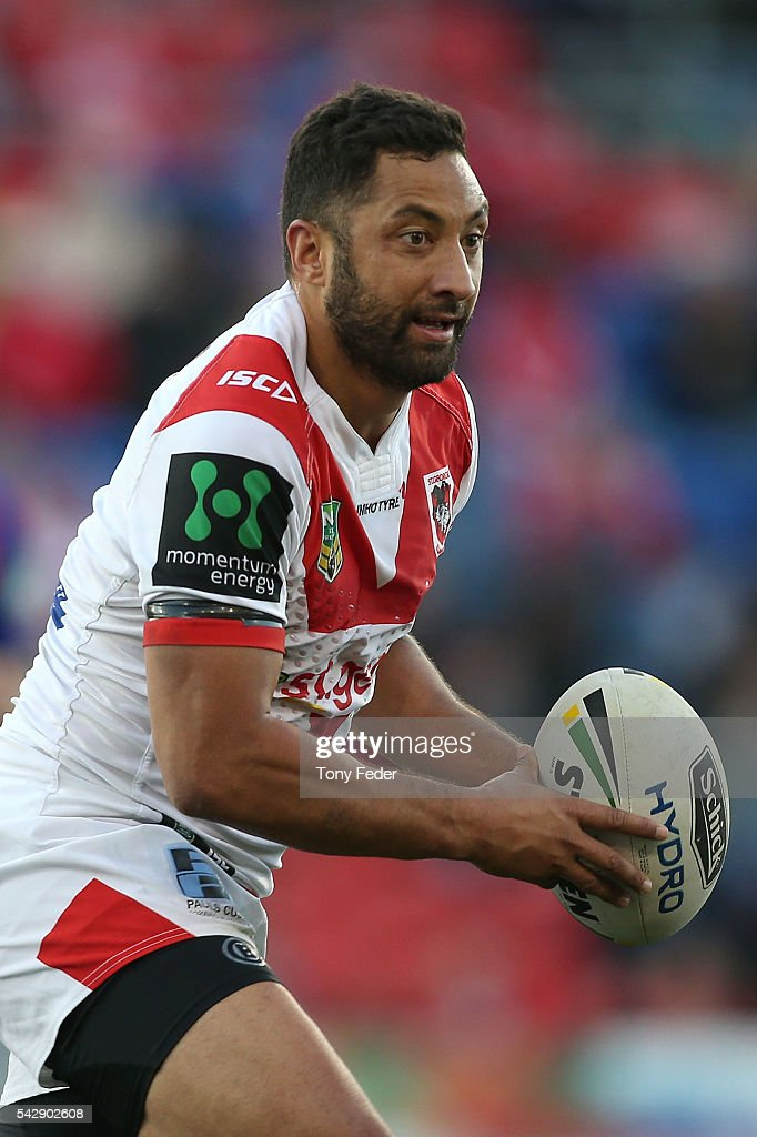 <a gi-track='captionPersonalityLinkClicked' href=/galleries/search?phrase=Benji+Marshall&family=editorial&specificpeople=215506 ng-click='$event.stopPropagation()'>Benji Marshall</a> of the Dragons in action during the round 16 NRL match between the Newcastle Knights and the St George Illawarra Dragons at Hunter Stadium on June 25, 2016 in Newcastle, Australia.