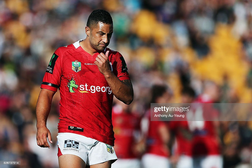 Benji Marshall of the Dragons reacts during the round nine NRL match between the New Zealand Warriors and the St George Illawarra Dragons at Mt Smart Stadium on May 1, 2016 in Auckland, New Zealand.