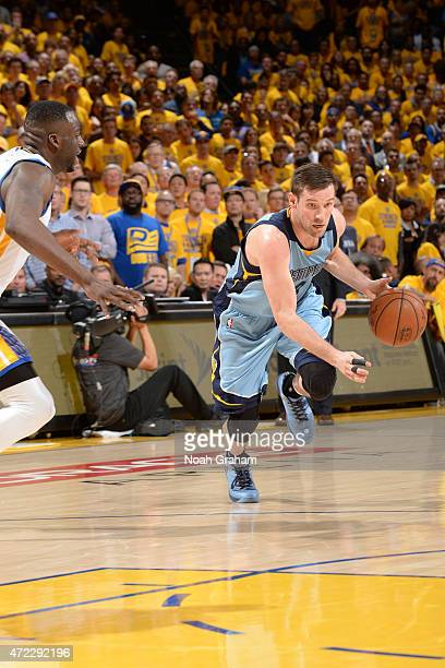Beno Udrih of the Memphis Grizzlies drives to the basket against the Golden State Warriors in Game Two of the Western Conference Semifinals during...