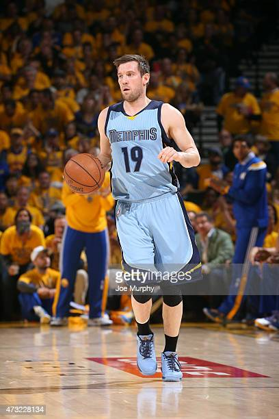 Beno Udrih of the Memphis Grizzlies handles the ball against the Golden State Warriors in Game Five of the Western Conference Semifinals during the...