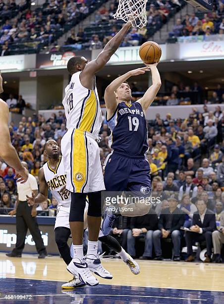 Beno Udrih of the Memphis Grizzlies shoots the ball during the game against the Indiana Pacers at Bankers Life Fieldhouse on October 31 2014 in...