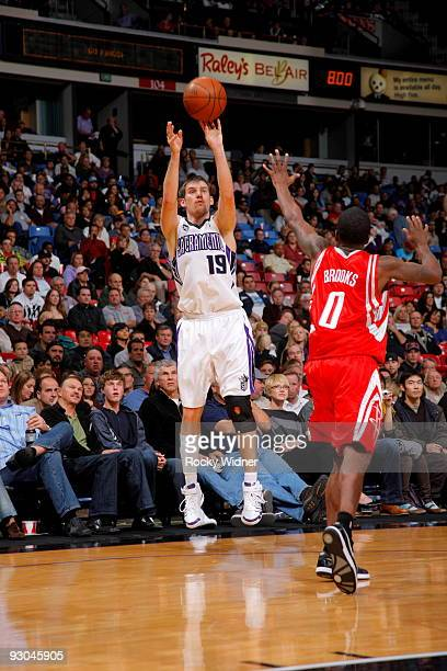 Beno Udrih of the Sacramento Kings shoots the ball over Aaron Brooks of the Houston Rockets on November 13 2009 at ARCO Arena in Sacramento...