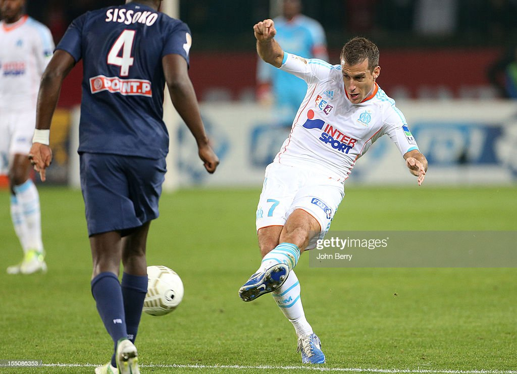 <a gi-track='captionPersonalityLinkClicked' href=/galleries/search?phrase=Benoit+Cheyrou&family=editorial&specificpeople=648473 ng-click='$event.stopPropagation()'>Benoit Cheyrou</a> of Olympique de Marseille in action during the french eight-finals League Cup match between Paris Saint Germain - PSG - and Olympique de Marseille - OM - 2-0 at the Parc des Princes Stadium on October 31, 2012 in Paris, France.