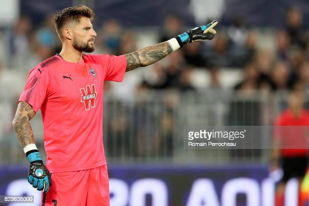 Benoit Costil of Bordeaux gestures before the UEFA Europa League qualifying match between Bordeaux and Videoton at Stade Matmut Atlantique on July 27...