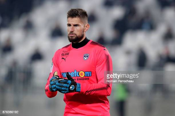 Benoit Costil of Bordeaux looks on during the Ligue 1 match between FC Girondins de Bordeaux and Olympique Marseille at Stade Matmut Atlantique on...