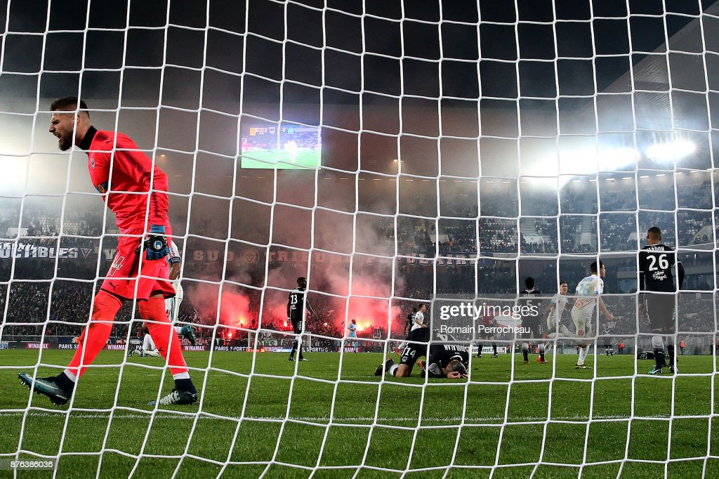 Benoit Costil of Bordeaux reacts after the goal of Marseille during the Ligue 1 match between FC Girondins de Bordeaux and Olympique Marseille at Stade Matmut Atlantique on November 19, 2017 in Bordeaux, .