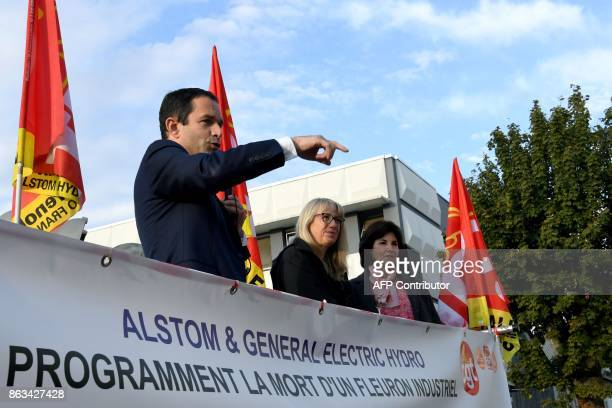 Benoit Hamon 'First of July movement' left wing movement leader and former socialist presidential candidate gestures as he speaks with employees of...
