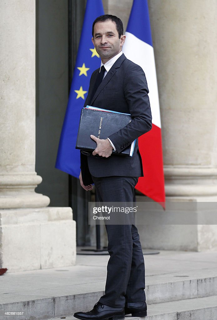<a gi-track='captionPersonalityLinkClicked' href=/galleries/search?phrase=Benoit+Hamon&family=editorial&specificpeople=2143789 ng-click='$event.stopPropagation()'>Benoit Hamon</a>, Minister of National Education, Higher Education and Research arrives to attend a cabinet meeting at the Elysee Palace on April 4, 2014 in Paris France. It is the first weekly cabinet meeting of France's newly appointed Prime minister's government.