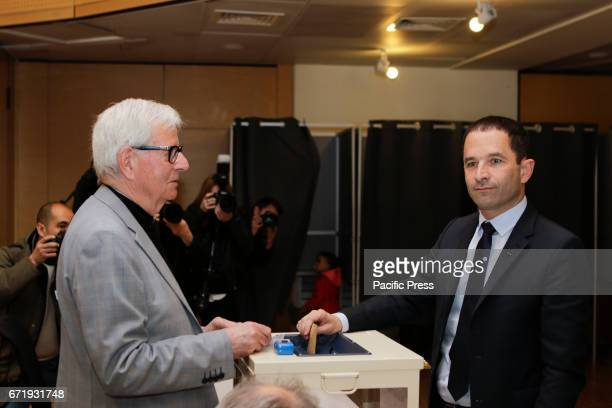 Benoit Hamon puts his ballot paper into the ballot box The Socialist Party Presidential candidate Benoit Hamon has cast his vote two hours after the...